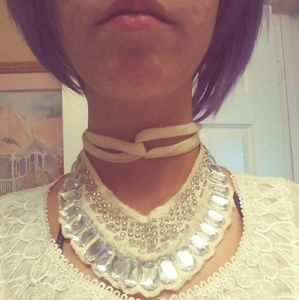 Jewelry - Vintage Collar Wrap Necklace Costume Jewelry